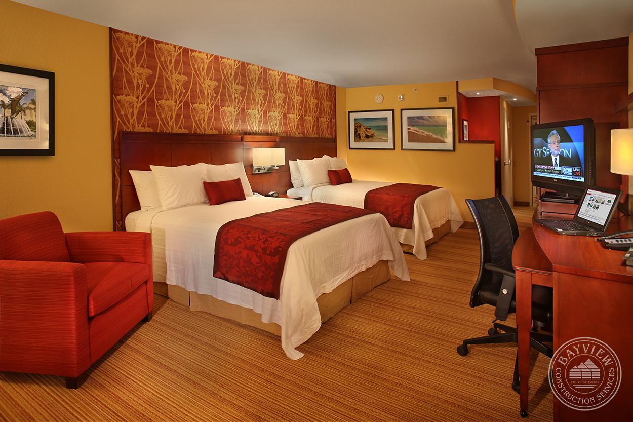 Courtyard by Marriott double suite